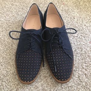 Kelly & Katie Maizy Oxfords in Navy